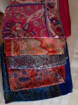 Foulards differents coloris